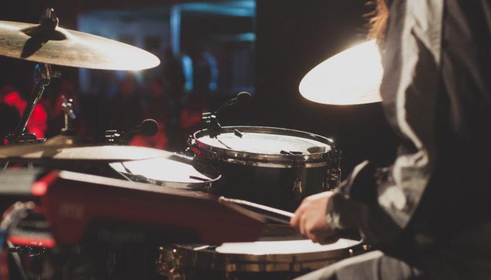 10 Best Easy Drum Songs For Beginners